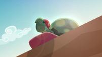 Tank appears in the sun EGDS32