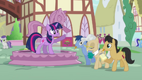Twilight-There's the mayor S3E13