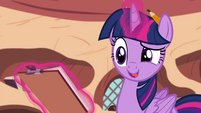 "Twilight ""reading and highlighting"" S4E21"