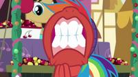 Rainbow Dash gritting her teeth BGES1