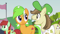Hayseed and a mare S3E08