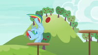 Rainbow jumping across obstacle platforms S6E18