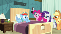 """Sweating Rainbow Dash """"how's our patient doing today"""" S02E16"""