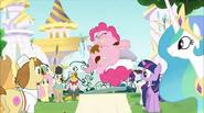 S02E24 Wszystkie oczy zwrócone na Pinkie