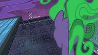 S04E06 Mane-iac zwraca uwagę na Power Ponies