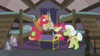 Apple Bloom and Big Mac surprised S5E20