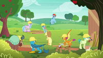Applejack overseeing the students' work S8E9