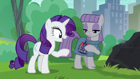 """Rarity """"relieved to see that you like the pouch"""" S6E3"""