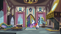 Shining Armor lets Twilight in S2E25