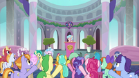 Students cheering for Cozy Glow S8E25