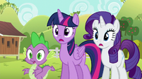Twilight, Rarity, and Spike watching Applejack S6E10