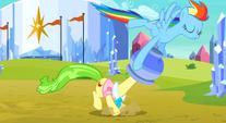 Rainbow pulling the flowerpot off Ms. Peachbottom´s head S3E12