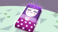Vignette's smartphone gets enchanted EGROF