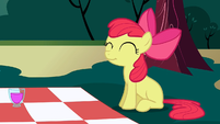 Apple Bloom cute pose S2E17