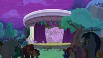 Curtains open on A New Day in Equestria S8E7