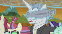 Fancy Pants with ribbon around his eyes S9E2