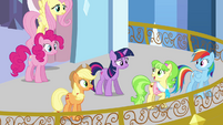 Main ponies and Peachbottom on the balcony S03E12