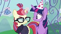 Moon Dancer crumples her party hat S5E12