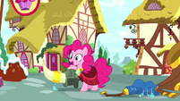 Pinkie -gotta get back to the bakery- S8E18