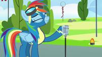 Rainbow Dash taking a deep breath S7E7