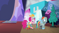 S06E17 Pinkie i RD jako postacie z gry