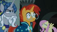 Star Swirl and Sunburst hear the Pony of Shadows coming S7E26