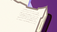 Close-up on Fluttershy's tiny writing S7E14