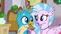 Silverstream offers to stay with Gallus S8E16
