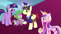 Spike accepts mail courier's letter S8E25