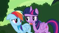 """Twilight and Rainbow """"she might need it anyway"""" S4E04"""