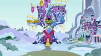 Castle of Friendship covered in snow MLPBGE
