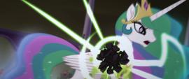 Obsidian sphere shatters on Celestia's body MLPTM