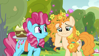 Pear Butter hopelessly in love with Bright Mac S7E13