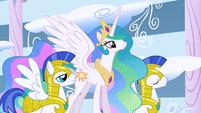 Princess Celestia and guards S1E16