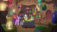 S05E22 Zecora ofiarowuje Twilight specjalną substancję