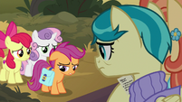 Scootaloo doesn't want to choose S9E12