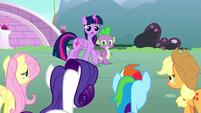 Twilight Sparkle -nopony had any success-- S8E18
