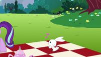 Angel Bunny lovestruck S6E6