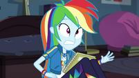 Notebook lands in Rainbow Dash's lap EGDS6