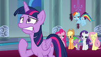 Ponies groaning behind Twilight Sparkle S9E1