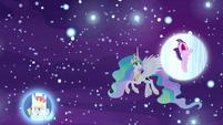 Princess Celestia notices Starlight's nightmare S7E10