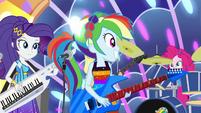 Rainbow Dash starts to pony up EGSB