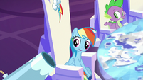 Rainbow Dash with her own party cannon S8E2