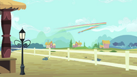 Rainbow flying away S4E11