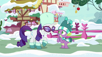 """Rarity """"going to adore her present"""" MLPBGE"""