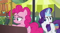 Rarity --you got your sister the greatest-- S6E3