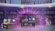 S05E12 Moondancer rozbija bańkę ciszy