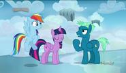S06E24 Rozmowa Twilight i Rainbow ze Sky Stingerem