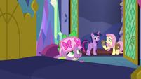 Spike admits he ate Twilight's muffins S7E20