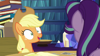 "Applejack ""however you want me to organize them"" S6E21"